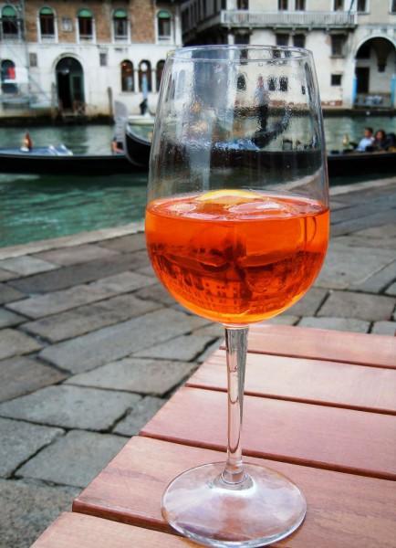 Напиток дня: Aperol Spritz