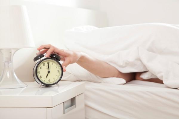 8 привычек, которые вызывают усталость-320x180