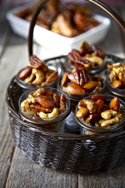 Вкусная закуска: орешки со специями-320x180