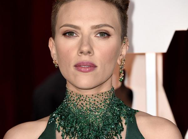 «Оскар»-2015: лучшие макияжи и прически-320x180