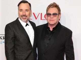 Элтон Джон объявил бойкот Dolce&Gabbana