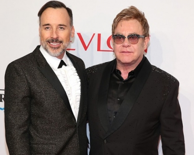 Элтон Джон объявил бойкот Dolce&Gabbana-430x480