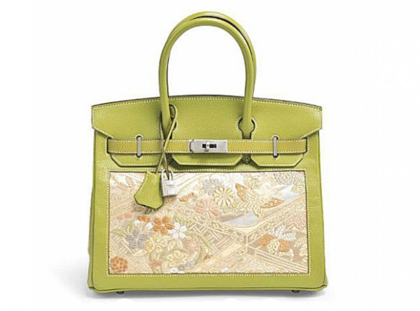 Торги в Париже: Christie's проведет аукцион сумок-320x180