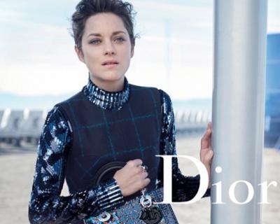 Пришельцы в городе: Марион Котийяр для Lady Dior-430x480