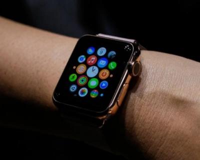 Apple показали, как пользоваться умными часами-430x480