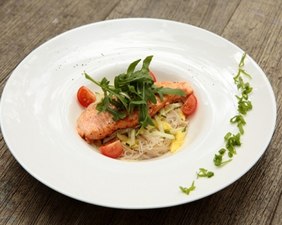Рецепт недели: салат из норвежской семги-гриль-430x480