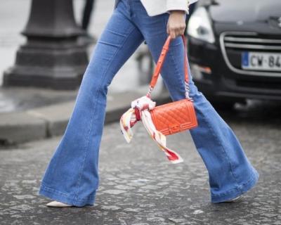 Одна вещь, пять образов: джинсы-клеш-430x480