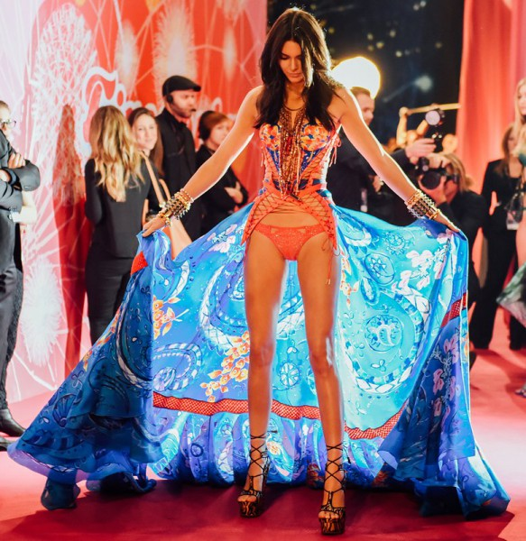 10-things-to-know-victoria-secret-fashion-show-2015-03