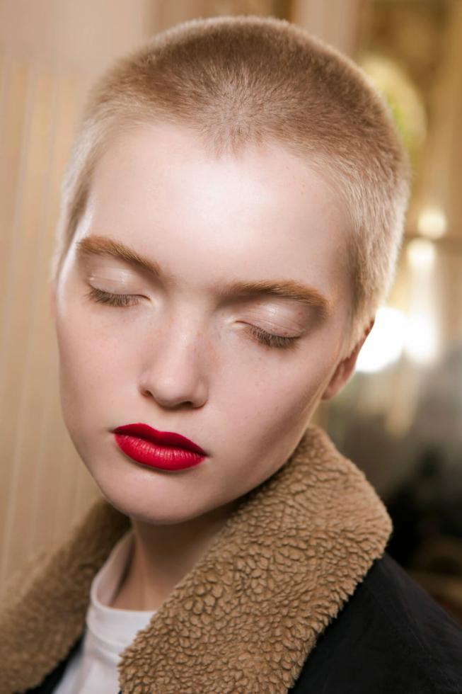 5 beauty-привычек, которые стоит приобрести в новом году-Фото 3