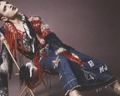 Лицом кампейна Marc Jacobs стала травести-дива-430x480