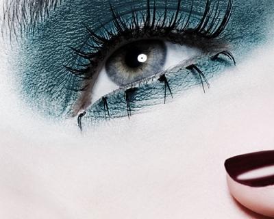 Свежий взгляд: лучшие сыворотки для кожи вокруг глаз-430x480