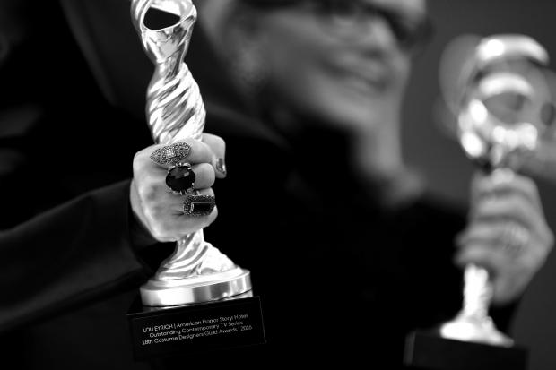 Церемония вручения премий Гильдии дизайнеров костюмов: победители-320x180