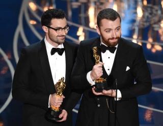 Лучшей песней «Оскара» стала Writing's On The Wall Сэма Смита
