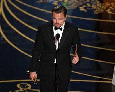 Он сделал это! Леонардо ДиКаприо получил «Оскар»-430x480