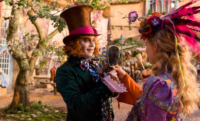 Второй трейлер фильма «Алиса в Зазеркалье»-320x180