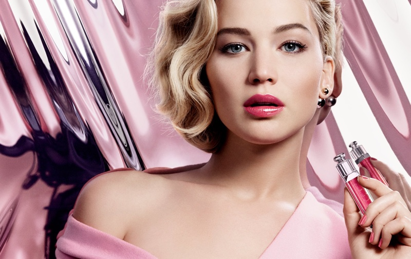Jennifer-Lawrence-Dior-Addict-Lip-Gloss-Campaign01