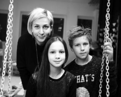 Найти баланс: Евгения Григорьева, совладелица бренда детской одежды «2х2»-430x480