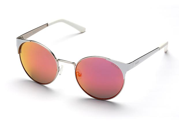 Вещь дня: солнцезащитные очки GUESS-320x180