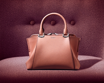 C de Cartier в миниатюре: Cartier перезапустили свою линейку сумок-430x480