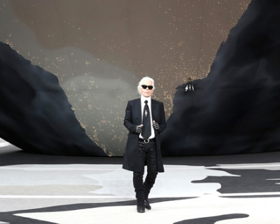 Карл Лагерфельд представит свою выставку на Pitti Uomo-430x480