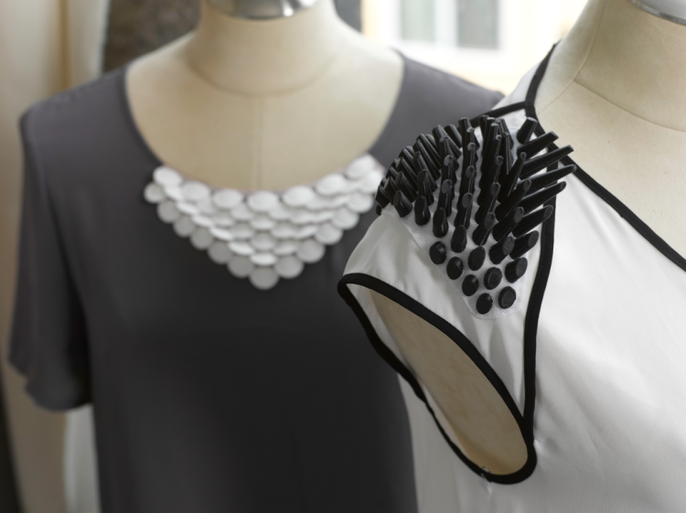 Fashion_Fabrics_spike_shoulders_7