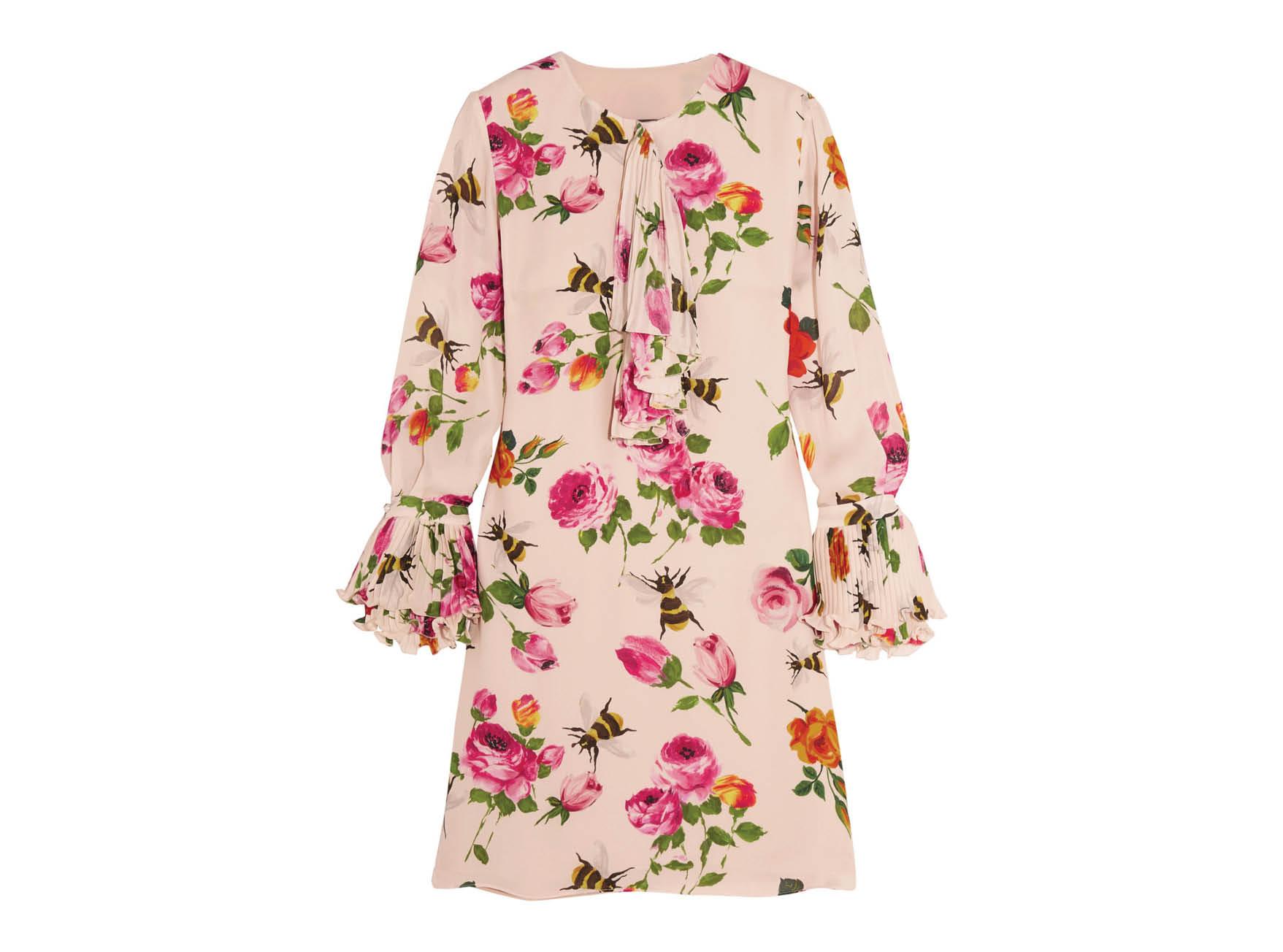 Как весной носить платье-трапецию-320x180