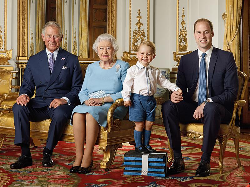 Четыре поколения на юбилейном портрете королевской семьи