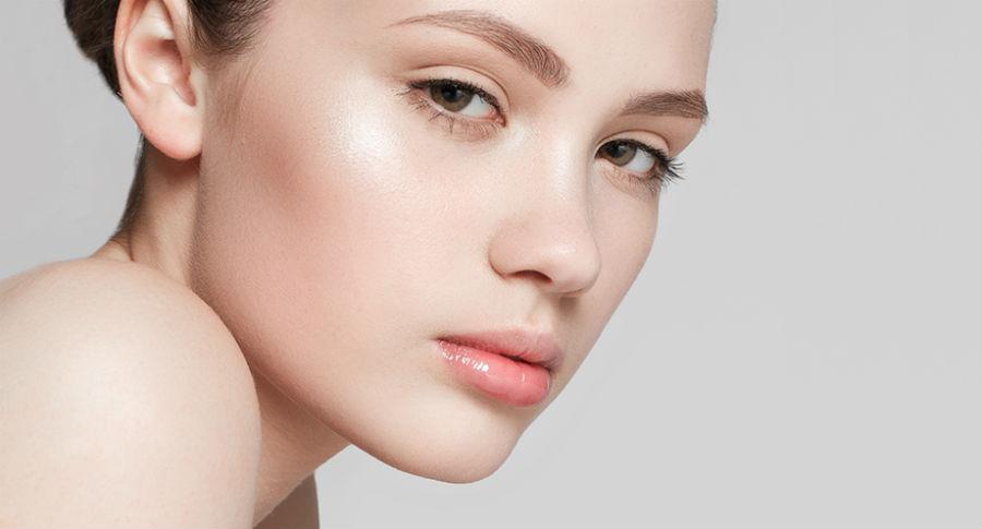 Бэйкинг, контуринг, стробинг — все о популярных трендах в макияже-320x180