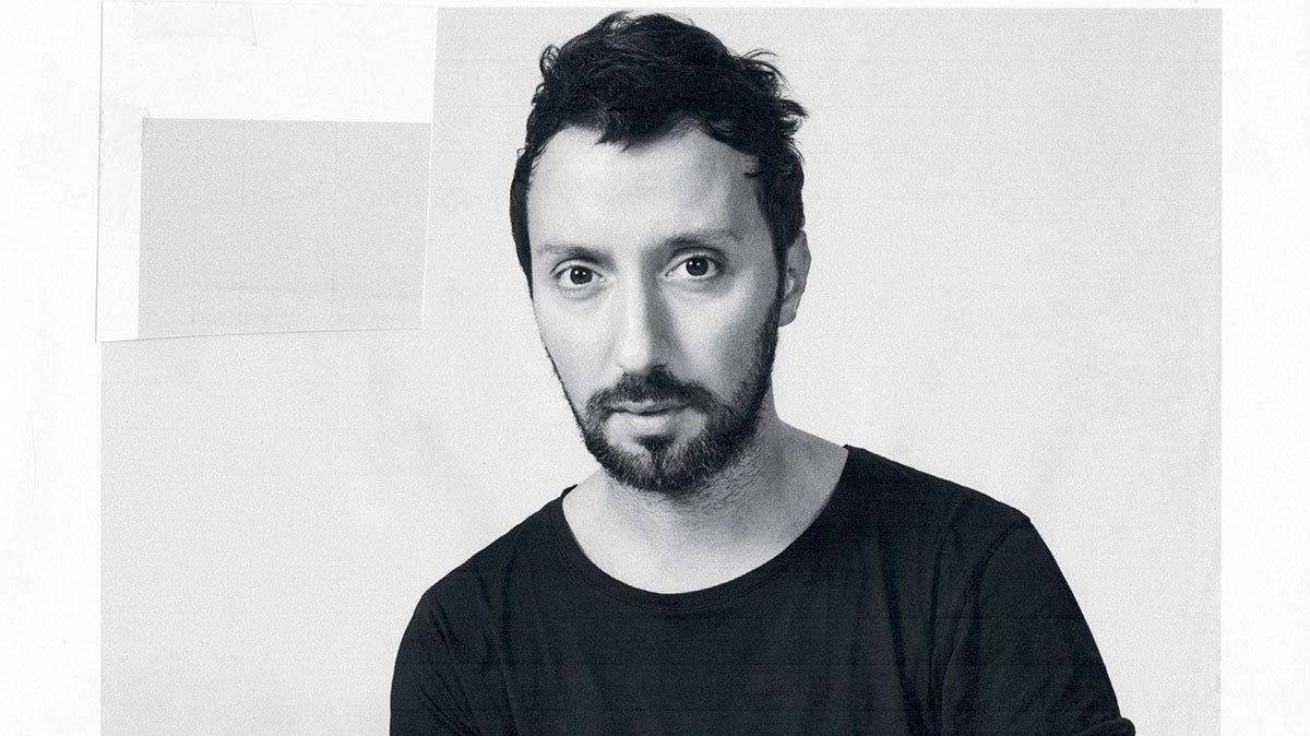 Энтони Ваккарелло − новый креативный директор Saint Laurent-320x180