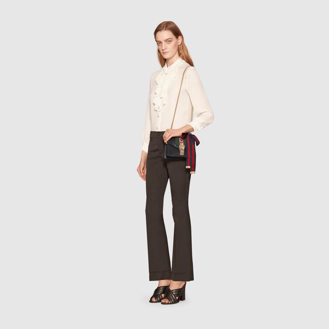 431666_CVLEG_8638_005_100_0000_Light-Sylvie-leather-mini-chain-bag