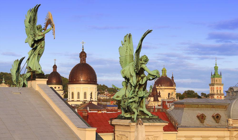 Львов — лучшее туристическое направление 2016 года по версии Lonely Planet-320x180