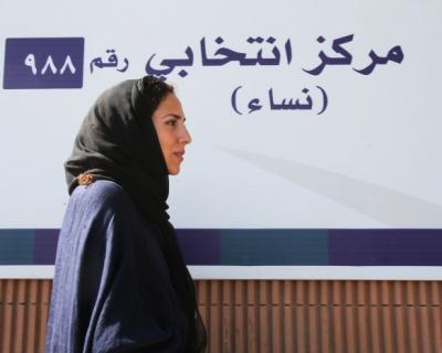 В Саудовской Аравии женщины борются за право водить автомобиль-430x480