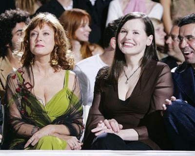 Сьюзен Сарандон и Джина Дэвис удостоились награды «Женщины в движении»-430x480