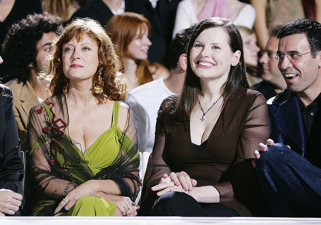 Сьюзен Сарандон и Джина Дэвис удостоились награды «Женщины в движении»-320x180