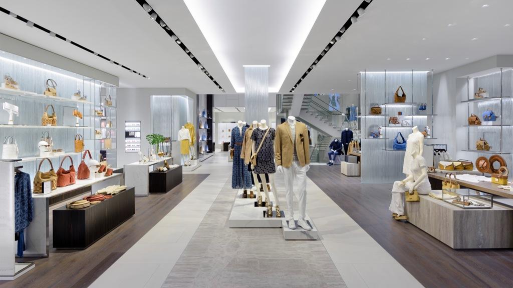 Michael Kors открыл самый большой магазин в Европе-320x180