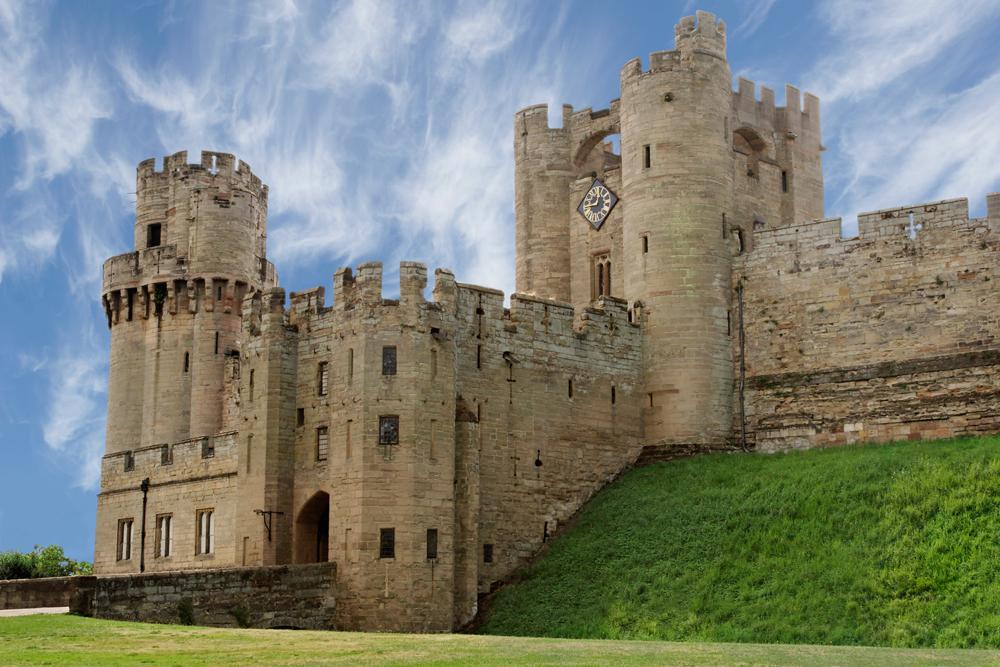 castle_entrance_hires