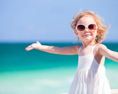 ТОП 10 детских солнцезащитных средств, которые пригодятся и маме-430x480