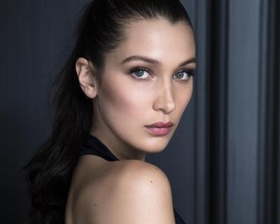Белла Хадид — новая посланница Dior-430x480