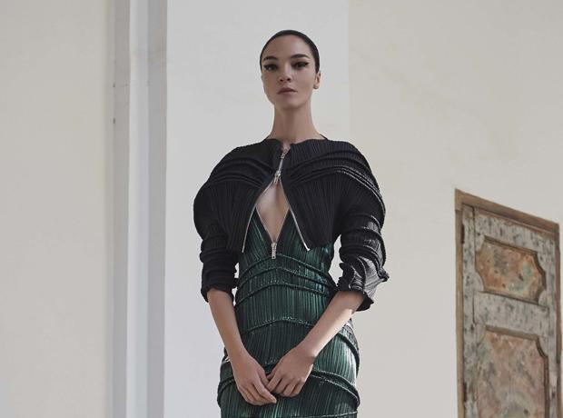 Рейв в Неаполе: круизная коллекция Givenchy-320x180