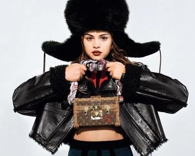 Селена Гомес в рекламной кампании Louis Vuitton-430x480