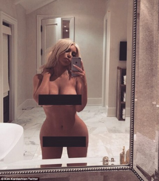 31F2F56600000578-3480044-Breaking_the_internet_again_Kim_Kardashian_posed_completely_nake-a-24_1457340473349
