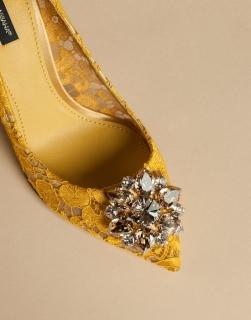 Rainbow Lace: коллекция кружевных туфель и клатчей Dolce & Gabbana