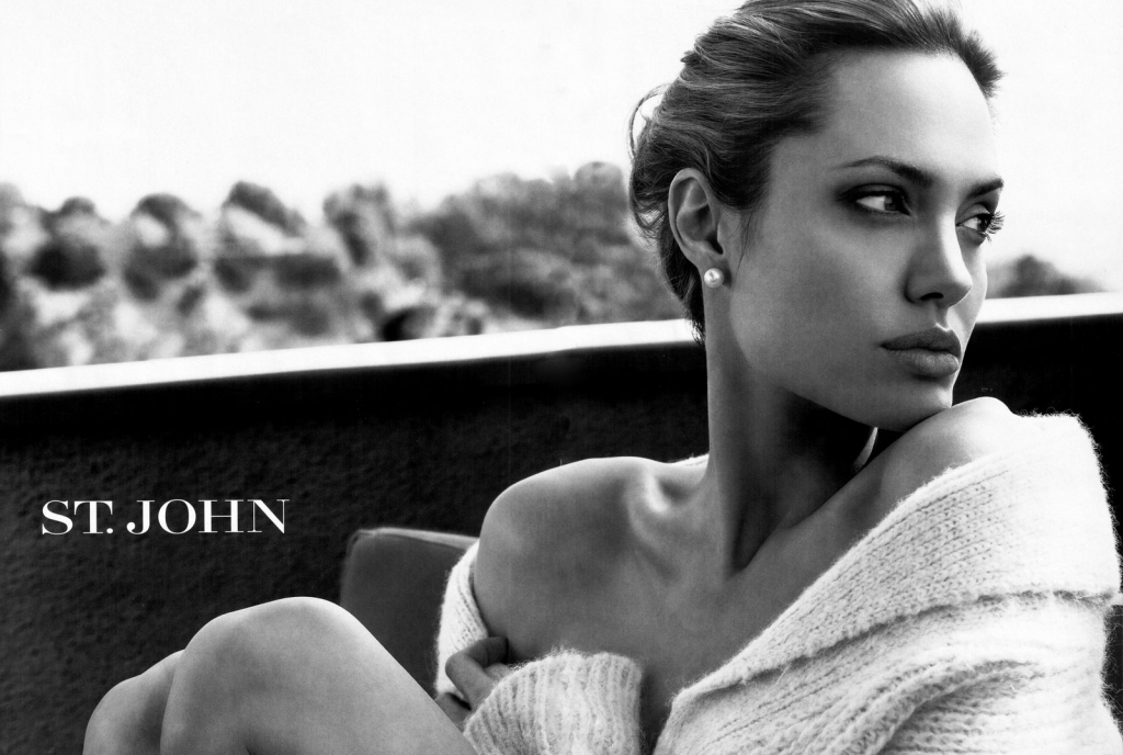 99298_Angelina_Jolie.ST_John_Advertisements.Scanned_by_KROQJOCK.UHQ6_122_1144lo