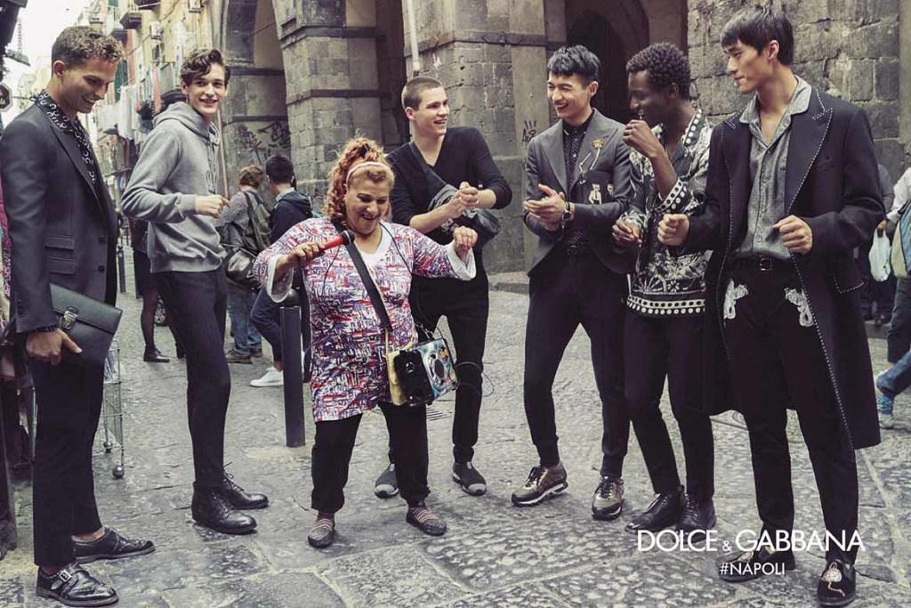Dolce&Gabbana campagna pubblicitaria FW16 Napoli (11)