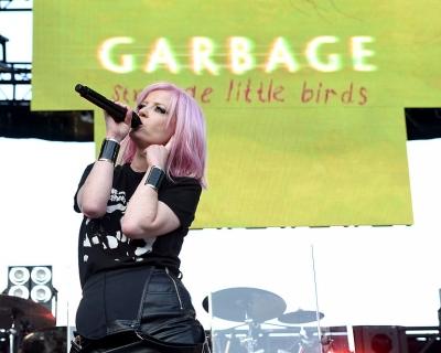 Странные маленькие птички: Garbage выпустили новый альбом-430x480