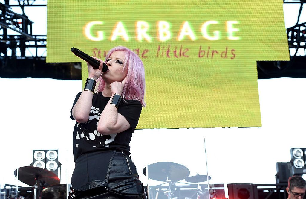 Странные маленькие птички: Garbage выпустили новый альбом-320x180