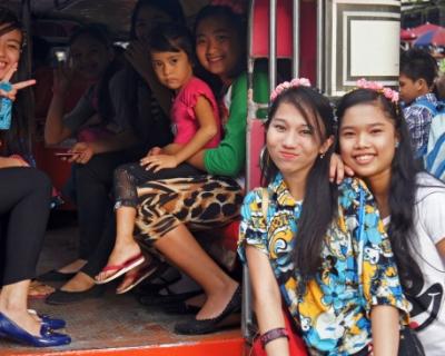 Как выжить в Азии: рассказывает путешественник Артем Заяц-430x480