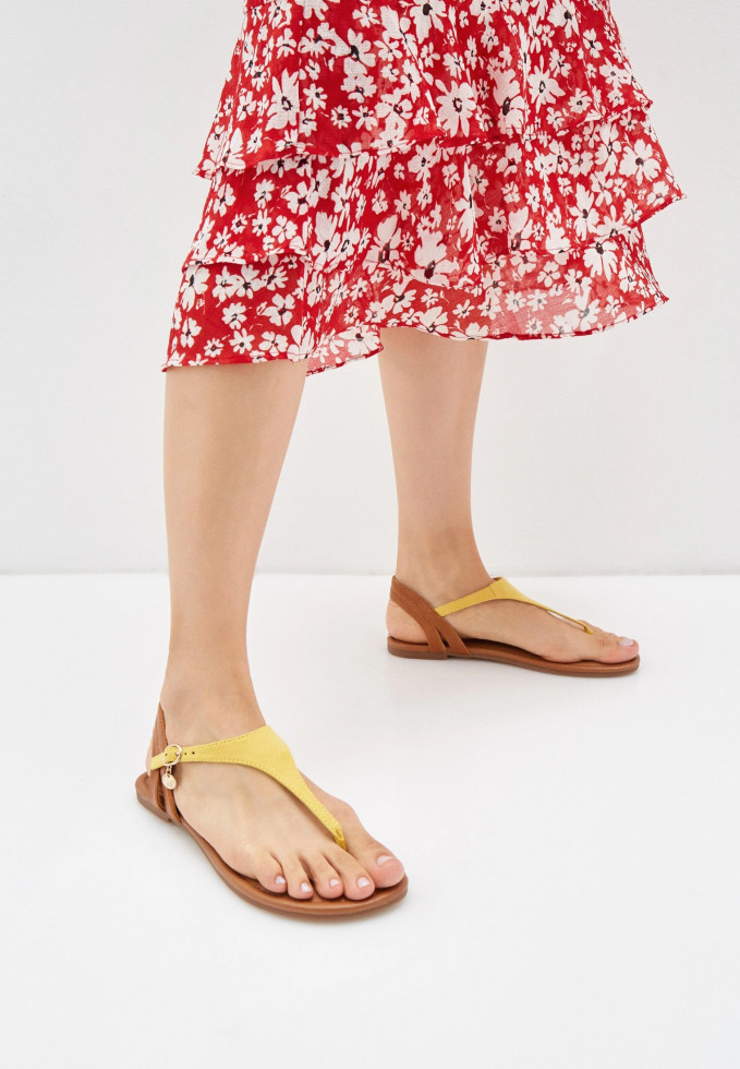 Выбор Маrie Claire: сандалии на плоском ходу-Фото 7