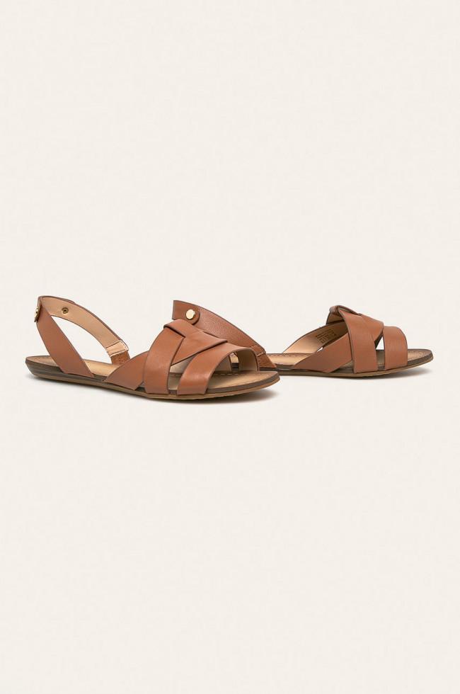 Выбор Маrie Claire: сандалии на плоском ходу-Фото 1