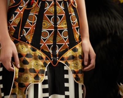 Кампейн Givenchy переносит подиум в реальность-430x480